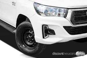 2018 Toyota Hilux SR Manual 4x4 Double Cab