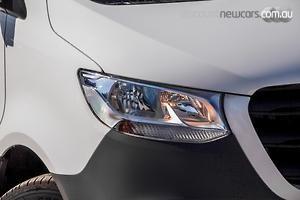 2021 Mercedes-Benz Sprinter 311CDI SWB Manual FWD